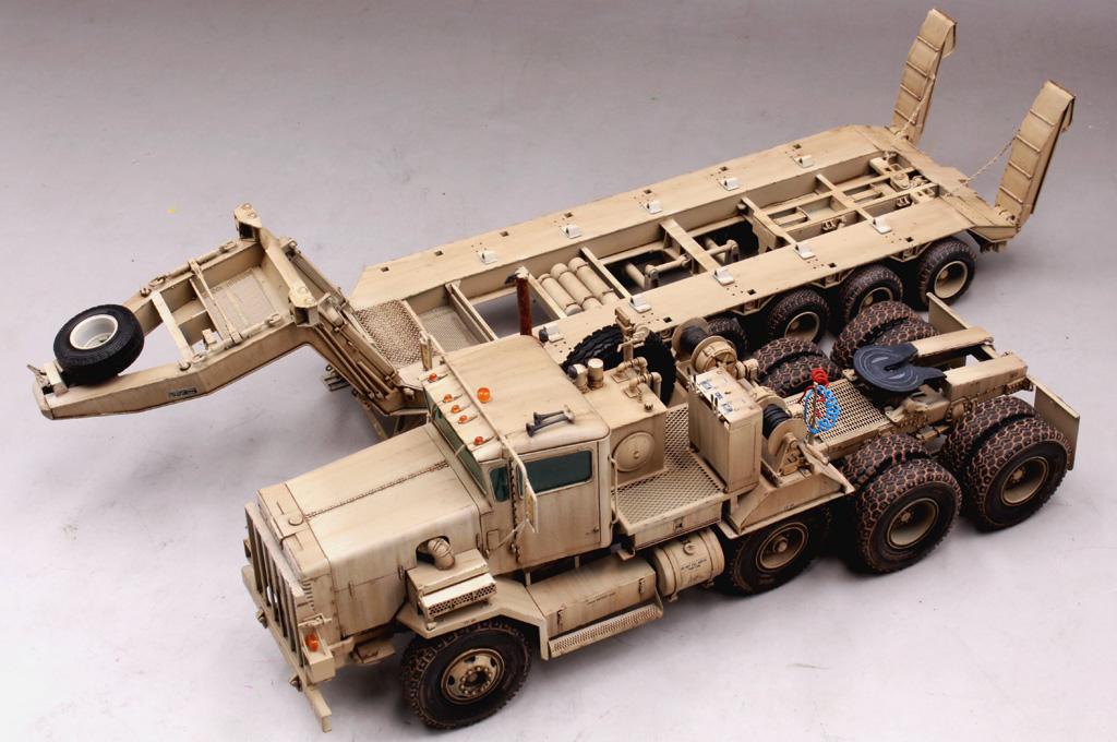 Ship A Car >> M911 C-HET w/m747 Heavy Equipment Semi-Trailer 85519-1:35-HobbyBoss